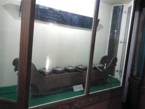 Alat Musik Tradisional -Talempong Khas Riau Melayu