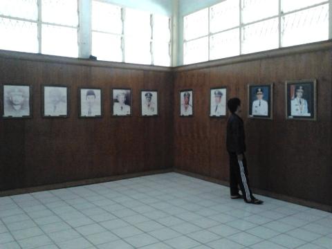 Foto-foto Gubernur RIAU, mulai dari Berdiri Hingga Saat ini.